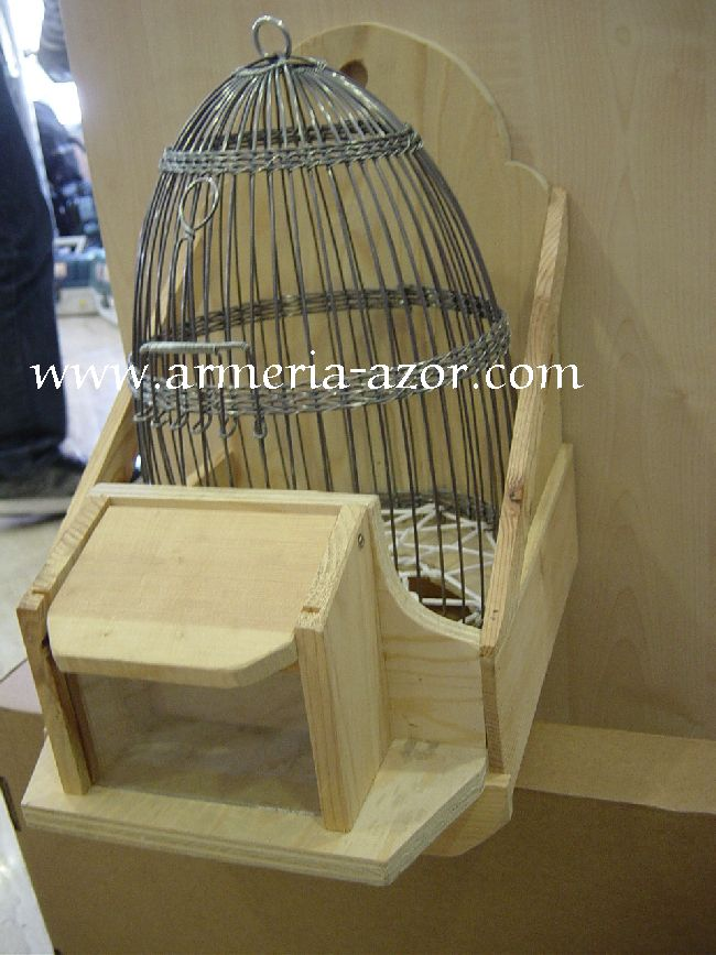 Cage Base in Wood + Cage for Partridge